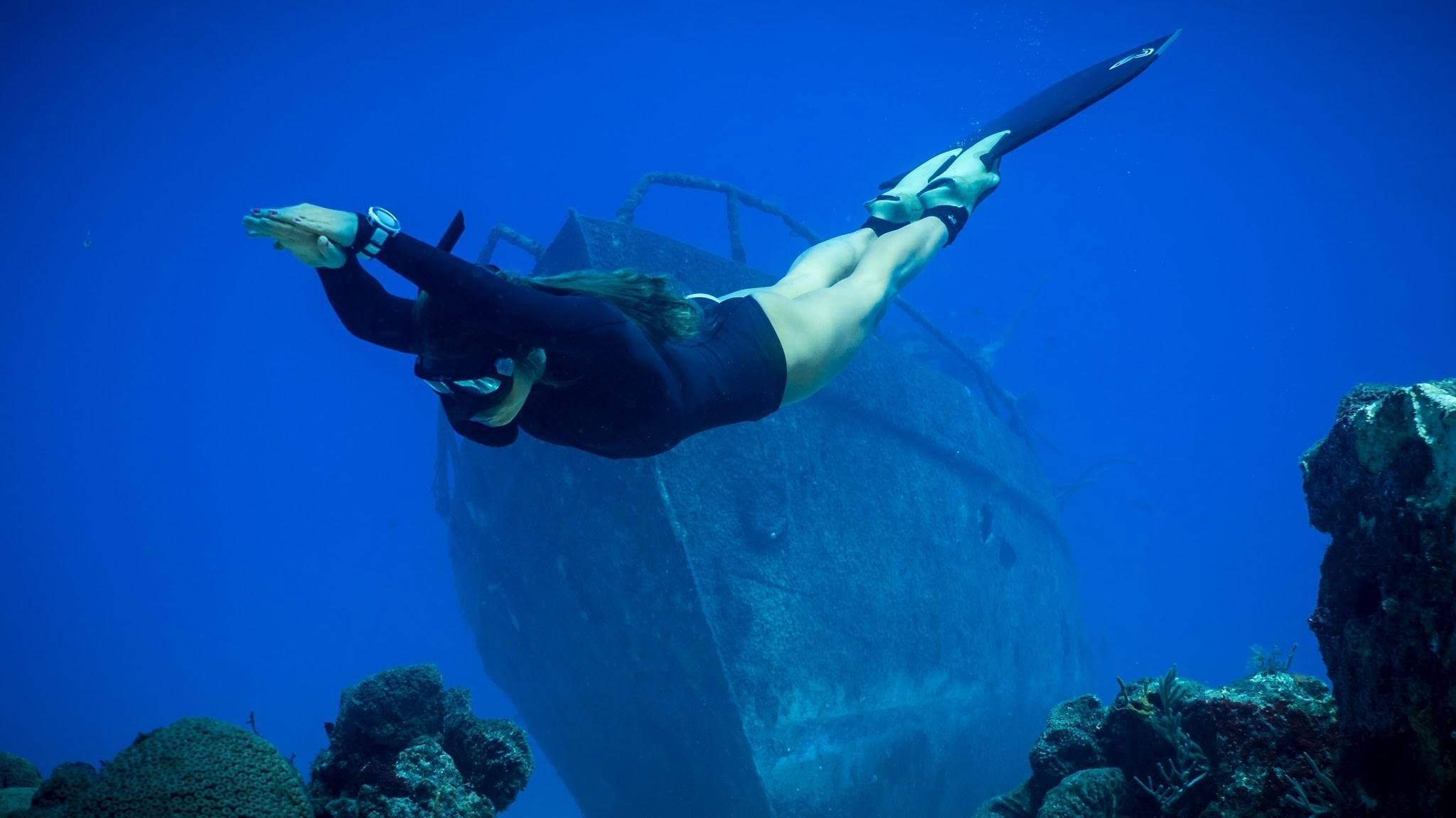 One Breath, One Catch: This Spear Fishing Adventure Is Amazing